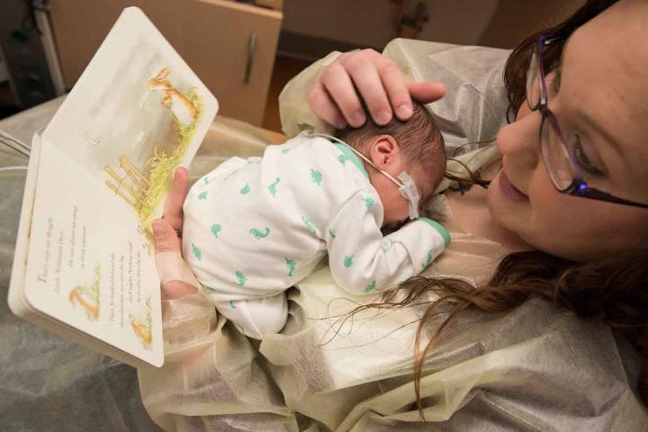 A Biblioterapeuta - Biblioterapia - Sandra Barão Nobre - Leitura para prematuros - Ler Faz Bem aos Bebés XXS Também
